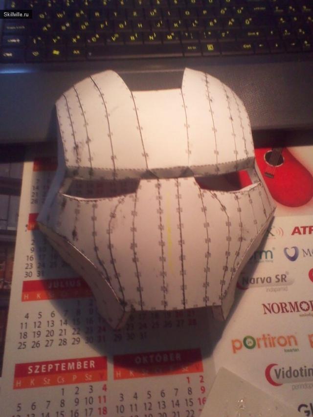 Фото шлема железного человека