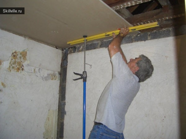 монтаж гипсокартонного потолка своими руками